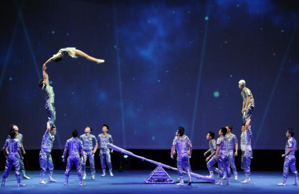 上海杂技团《SPIRAL-炫》杂技专场 上海商城剧院